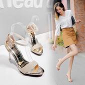 Много стилни дамски сандали с лъскави каишки