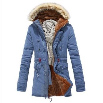 Ανδρικό μπουφάν για το χειμώνα κατάλληλο για τη καθημερινή ζωή