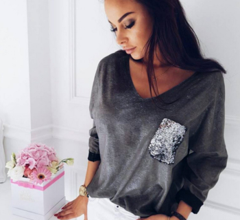 aa2bfd981d68 Γυναικείες μπλούζες με κολάρο σε σχήμα V και λαμπερές πούλιες