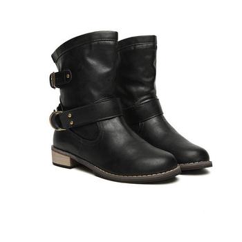 Καθημερινές γυναικείες μπότες σε μαύρο και  καφέ  χρώμα με ελαφρό τακούνι