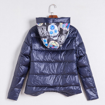 Γυναικείο χειμωνιάτικο μπουφάν με άνετη και ζεστή κουκούλα σε τέσσερα χρώματα