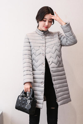 Модерно дамско дълго яке за есента и зимата