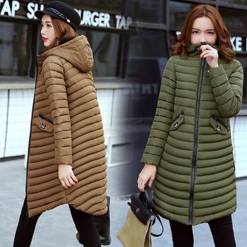 Μακρύ χειμωνιάτικο γυναικείο μπουφάν με ασύμμετρο μήκος και κουκούλα σε διάφορα χρώματα