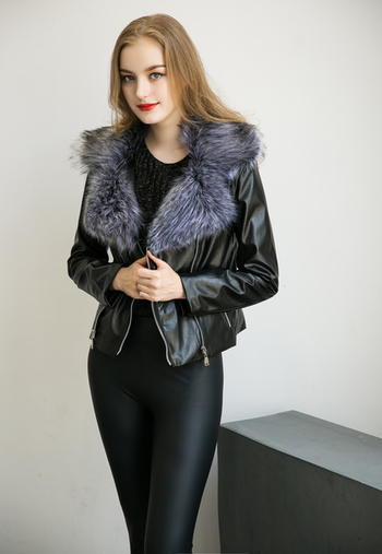 Κομψό γυναικείο μπουφάν με  γούνα δύο μοντέλα