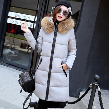 Μακρύ χειμωνιάτικο γυναικείο μπουφάν με κουκούλα και πούπουλο σε διάφορα χρώματα