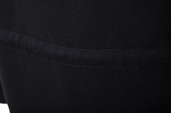 Спортна мъжка жилетка в черен цвят с качулка