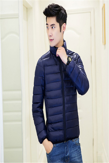 Ανδρικό μπουφάν για το φθινόπωρο και για το χειμώνα σε απλό σχέδιο Slim, σε διάφορα χρώματα