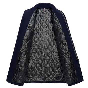 Άνετο και ζεστό ανδρικό μπουφάν με φερμουάρ και ημι-ψηλό γιακά