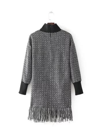 Стилен дълъг дамски пуловер с ресни и поло яка