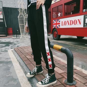 Спортен есенен панталон за дамите, подходящ за ежедневие