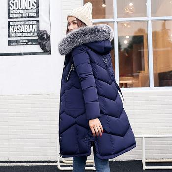 Μακρύ ζεστό γυναικείο μπουφάν με  κουκούλα και γούνα