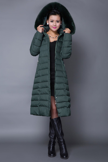 Μακρύ γυναικέιο κομψό και πολύ άνετο ζεστό μπουφάν  με  γούνα στο γιακά