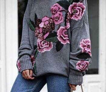Long пуловер с О-образна яка за дамите + страхотна флорална бродерия