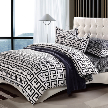 Спален комплект от четири части в много разнообразни модели