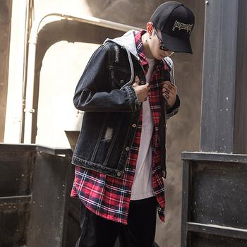 Ανδρικό καθημερινό τζιν μπουφάν με πρακτική κουκούλα