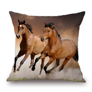 Красиви декоративни възглавници за дома с изображения на коне в различни цветове