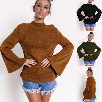 Дамски пуловер, подходящ за студените дни с разкроени ръкави
