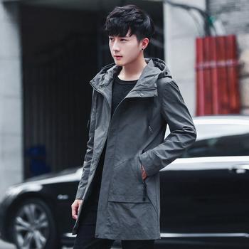 Το casual  ανδρικό παλτό  με κουκούλα  για κάθε μέρα και με πρακτικές τσέπες