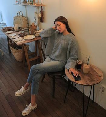 Ежедневен дамски пуловер подходящ за зимата