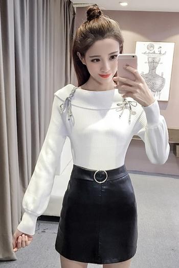 Дамски пуловер с интересни рамене и връзки в бял и розов цвят